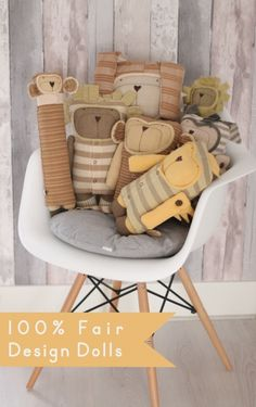 Design dolls made of organic cotton, naturally dyed and 100% fair. Handmade with ♥ by Jees They are all different, one-of-a-kind like every human baby...but all of them are extremely fond of cuddling and lighten up any room!