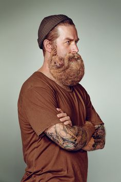 """""""PLAYFUL PORTRAITS OF HIPSTERS WEARING BEARDS MADE OF FURRY CRITTERS"""": Photographer Troy Goodall in collaboration with animal photographer Stephen Stewart and the retouching team at Electric Art  created a series of beards made of furry creatures. This series is inspired by  Schick's """"Free Your Skin,"""" a series of images men sporting beards that have morphed into fluffy ferrets of all shapes and colors."""