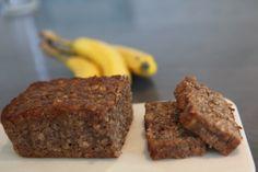Healthy Banana Bread (vegan)   Recipe at: http://www.healthgypsy.com/2014/05/31/healthy-banana-bread-vegan/