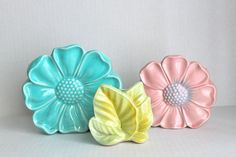vintage 40s/50s wall pockets // pink teal green by RedTuTuRetro