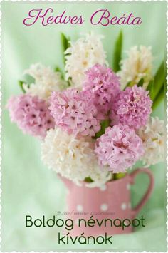 mixed bouquet of hydrangeas in pink polka dot pitcher arrangement My Flower, Pretty In Pink, Beautiful Flowers, Happy Flowers, Deco Floral, Arte Floral, Frühling Wallpaper, Spring Has Sprung, Happy Day