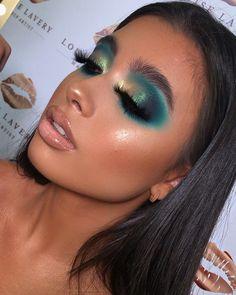 Blue Eye Makeup, Eye Makeup Tips, Glam Makeup, Eyeshadow Makeup, Makeup Inspo, Makeup Inspiration, Beauty Makeup, Eyeliner, Hair Makeup
