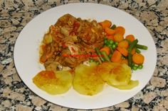 """Recopilatorio de recetas : Pollo al chilindrón con guarnición """"varoma"""" Kitchen Dishes, Some Recipe, Shrimp, Menu, Chicken, Cooking, Recipes, Food, Diet Ideas"""