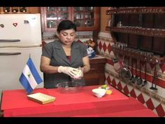 Nicaragua en mi sazon con Maria Esther Lopez - Buñuelos Norteños de Masa - YouTube