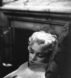 Marilyn Monroe asleep.