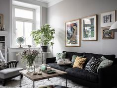 Traditional Swedish apartment with a soul In fact, a Scandinavian interior can be different. Usually, we first of all think of the furniture by IKEA, white walls and modern minimalistic spaces. ✌Pufikhomes - source of home inspiration Living Room Decor Tips, Living Room Grey, Living Room Inspiration, Living Room Designs, Living Area, Home Design, Home Interior Design, Design Ideas, Luxury Interior