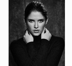 Actresses, Portrait, Instagram, Fashion, Templates, History Photos, Beauty, Artists, Live