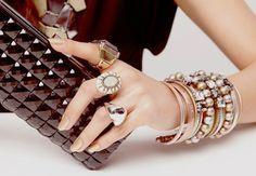 Bijuterias finas e elegantes são alternativa às joias