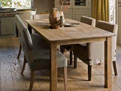 Stoere Tafels - Een geleefde eettafel als middelpunt in je huis. Stoere eettafels van teak, eiken of elmwood brengen karakter en sfeer in huis