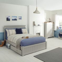 Double bed with tongue and groove head and foot boards and 2 storage drawers in base