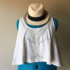 Linen Crop Top Custom beaded top purchased at Urban Outfitters top is less than perfect with a few missing beads here and there not too noticeable but extras are included. Price reflects missing beads. •85%linen/15%cotton blend• Urban Outfitters Tops Crop Tops