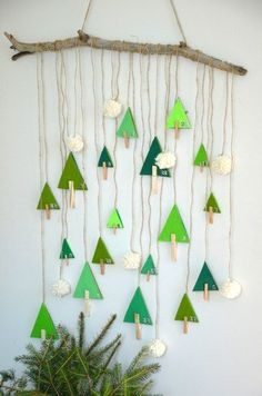 diy-calendrier-avent-foret-sapin thing, aren't you? Clay Christmas Decorations, Christmas Sewing, Christmas Crafts For Kids, Christmas Activities, Diy Christmas Ornaments, Christmas Art, Christmas Projects, Simple Christmas, Holiday Crafts