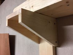 Quick Cheap Easy Shelf!