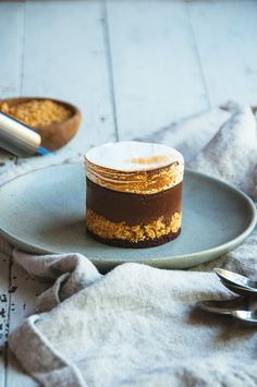 Hint of Vanilla: S'mores Custard Cake