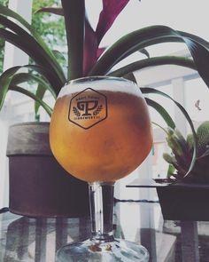 Stand tall. . . . . . #grailpointbeer #grailpointbeerco #grailpoint #grailpointbrewery #brewsade #beer #craftbeer #craftbrewery #homebrew #mdbeer #dcbeer #beerme #beeroclock #beerthirty #beerstagram #beerporn #beerpics #beerisgood #beersofinstagram #beergeek #beeradvocate #beernerd #beertime #beerlover #drinkbeer #cheers
