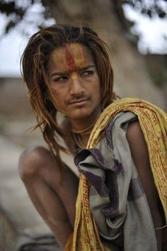 Mathura Young Sadhu © Tom Carter India Photos (by India Photography)