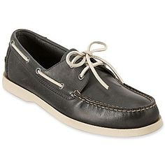 I think I need a pair of navy colored Boat Shoes!