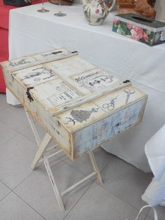 This would be awesome with my vintage camping chairs and suitcases