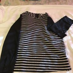 Selling this Stripped long sleeve shirt ✨ in my Poshmark closet! My username is: alyannit. #shopmycloset #poshmark #fashion #shopping #style #forsale #Old Navy #Tops