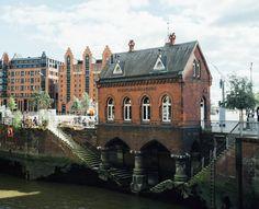 On the Grid :: Fleetschlösschen, Speicherstadt & Hafencity, Hamburg