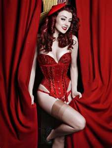 burlesque red