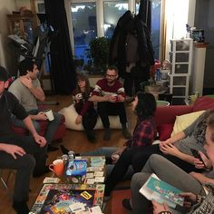 I got guests in the house. It's a #xmas get together/party.