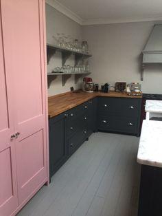 Victorian Kitchen, Shaker Kitchen, Kitchen Ideas, Castle, Kitchen Cabinets, England, House, Home Decor, Decoration Home