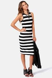 Black And White Horizontal Striped Dress - If you are planning for a wedding and you're a going to be a bride, you can be Hi Low Dresses, Striped Maxi Dresses, Black Bodycon Dress, White Dress, Dress Black, Francescas Dresses, Clothing For Tall Women, Stripped Dress, Skinny