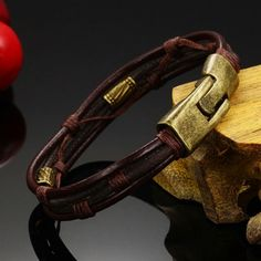 Nice Casual Leather Bracelet For Men!