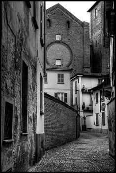 Pavia...una via - pavia, Pavia