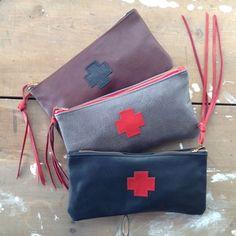handmade leather cross clutch / by elke