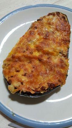 Beringela recheada com bolonhesa de lentilha e queijo!!