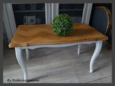 Table basse patinée Living Room, Sofa, Console, Diy, Furniture, Home Decor, Houses, Dining Rooms, Diy Ideas For Home