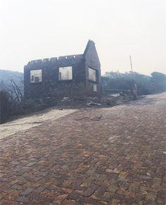A Knysna resident, desperate to save his home from a sea of fast-approaching flames, has stopped an apparent burglar from entering and possibly looting it and offered the man money to help him battle the blaze. Knysna, South Africa, Battle, Sea, Money, Outdoor, Outdoors, Silver, The Ocean