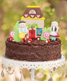 Modern Hansel and Gretel Inspired Woodland Birthday// Hostess with the Mostess®