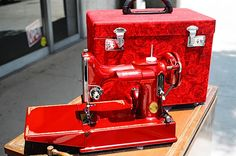 Vintage sewing machine.  RED!!  Be still my heart!!