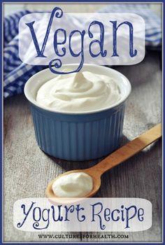 Vegan Yogurt Recipe using vegan starter - includes instructions for yogurt maker Make Sour Cream, Homemade Sour Cream, Homemade Yogurt, Yogurt Recipes, Vegan Recipes, Cream Recipes, Vegan Food, Drink Recipes, Greek Yogurt Nutrition