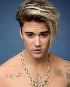 Are You Sexually Attracted to This Justin Bieber Waxwork? – coiffures et barbe hommes Justin Bieber Long Hair, Justin Bieber Blonde, Justin Bieber Style, Justin Bieber Fashion, Cool Hairstyles For Men, Hairstyles Haircuts, Haircuts For Men, Frozen Hairstyles, Natural Hairstyles