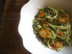 "the preppy paleo: Paleo Zucchini ""Pasta"" Salad"