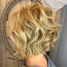 Feminine Wavy Golden Blonde Bob - 60 Short Shag Hairstyles That You Simply Can't Miss - The Trending Hairstyle - Page 17 Asymmetrical Bob Haircuts, Short Shag Hairstyles, Pixie Haircuts, Medium Hairstyles, Wedding Hairstyles, Braided Hairstyles, Layered Haircuts, Wavy Inverted Bob, Bob Haircut Curly