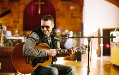 We are all well aware that Eric Church is a serious badass. That is true, but he's also so much more than that. He's a seriously SEXY badass. Here are 17 times Eric Church proved just how Music Is My Escape, Music Love, Eric Church The Outsiders, Little Big Town, Best Country Music, Church Music, Take Me To Church, Church News, The Way He Looks