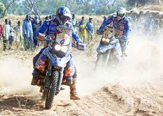 Lewis e Cyril Despres alla Dakar 2001 entrambi su su BMW Rallye Paris Dakar, Rallye Raid, Bmw Boxer, Motorbikes, Racing, Motorcycle, Adventure, History, Style