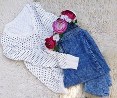 TRENDY S VENEBENE. autumn outfit with a flower wreath to the hair.