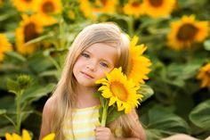 Фотография фотографа id:2949468 Little Girl Photography, Cute Kids Photography, Autumn Photography, Family Photography, Mother Daughter Photos, Mother Daughter Photography, Sunflower Fields, Sunflower Patch, Sunflower Flower