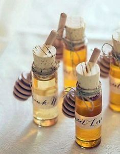 24 Wedding Favor Ideas That Don T Guest Favours Homemade Candles And Favors