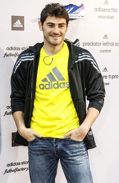 Iker Casillas Photo - Iker Casillas Shows Off His Adidas Love
