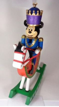 DISNEY-THEME-PARKS-MICKEY-MOUSE-NUTCRACKER-ON-ROCKING-HORSE-CHRISTMAS-FIGURE-NEW