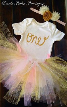 Items similar to First birthday tutu outfits; Pink and gold birthday outfit; birthday on Etsy Owl First Birthday, One Year Birthday, Gold Birthday, First Birthday Parties, First Birthdays, Birthday Ideas, Tutu Outfits, Tutus For Girls, Special Day