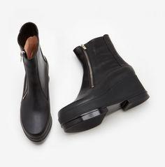 Robert Clergerie Yensio Boot in Noir