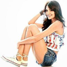 Anushka Sharma hot legs